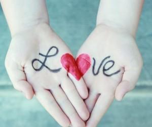 关系越好的,往往是越爱损你的