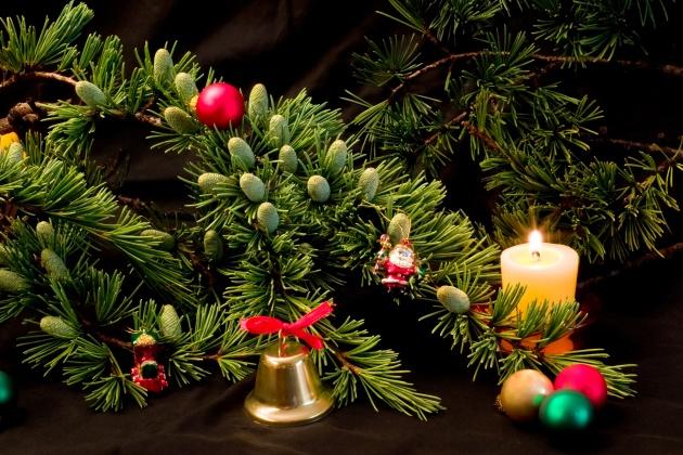 圣诞有我,真心如意;圣诞因你,祝福继续,圣诞节祝福-平安夜祝福语