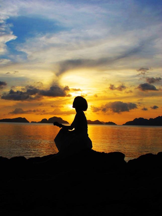 优美句子,爱妮岛海边落日风景图片