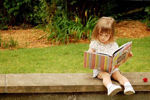容忍中长大的孩子,将来必能极富耐性