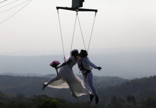 为了结婚,人类也太拼了点儿吧!还能愉快滴结婚啵?