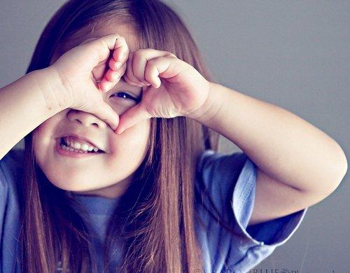 多微笑,做一个开朗热忱的女人